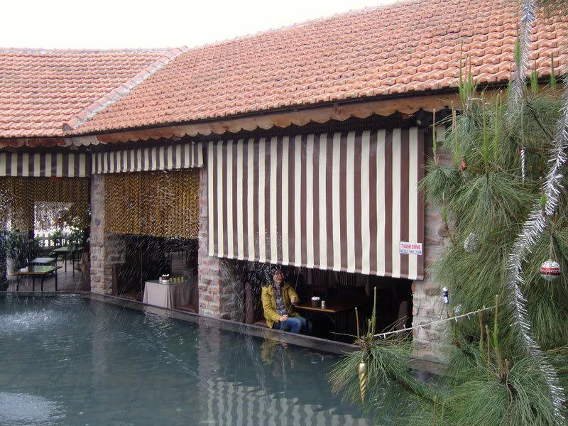 Lắp bạt che nắng che mưa giá rẻ tại Hà Đông - Hà Nội